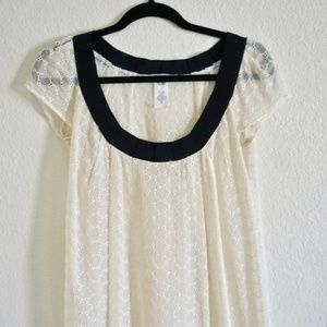 NOTICE Cream Eyelet Top with Cap Sleeves